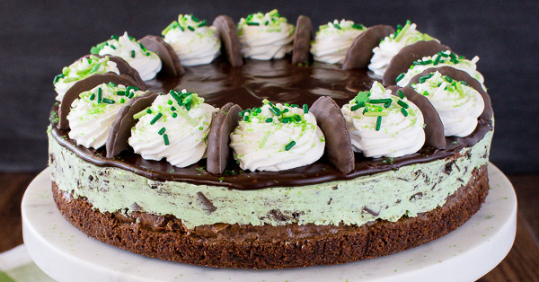 If you love Thin Mints, this brownie cheesecake has your name all over it
