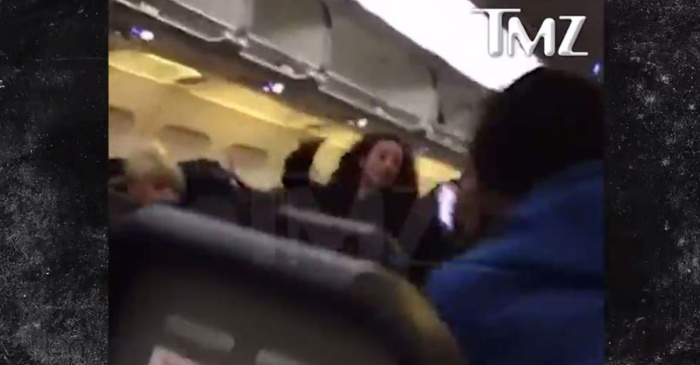"""We now have footage of the """"Cash Me Ousside"""" girl punching a fellow airline passenger at LAX"""