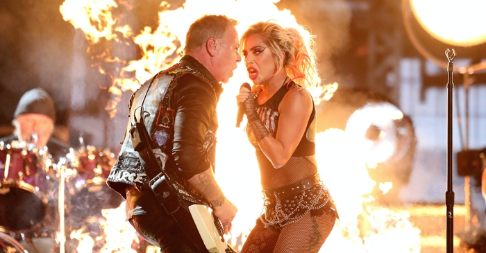 Lady Gaga shows off a new side of herself in a Grammy Award performance with one huge screw-up