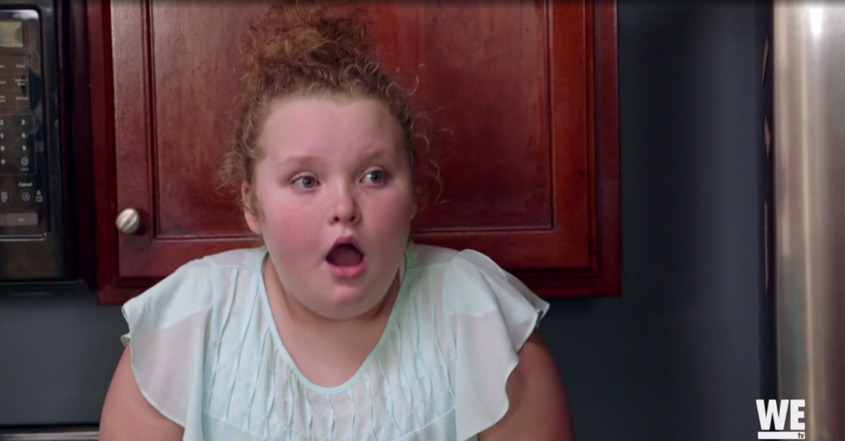 Honey Boo Boo's face says it all when a new Mama June walks through the door