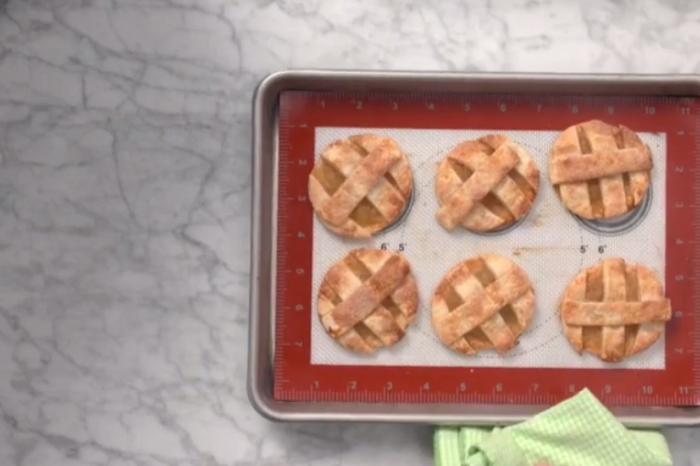 No time to make pie? These caramel apple pie cookies should do the trick