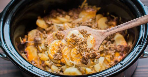 Comfort food meets the Crock-Pot in this simple and hearty beef and potatoes au gratin