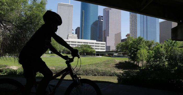 A local coalition wants to take Houston's loops to greener pastures