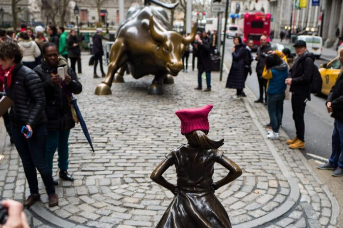 "Artists and fans debate whether the ""Fearless Girl"" statue should stay on Wall Street for good"