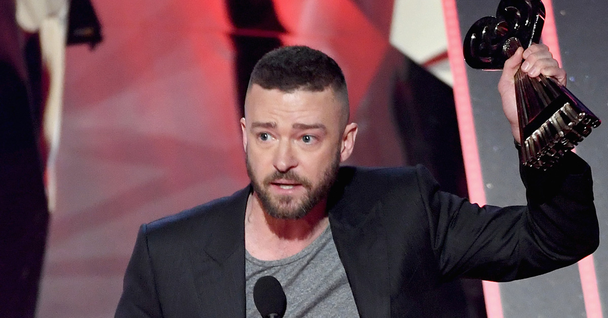 Justin Timberlake shared an emotional message for his young fans after at the iHeartRadio Music Awards