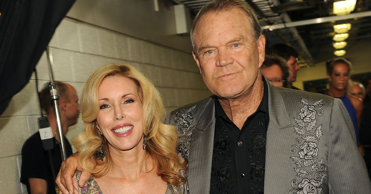 It's the picture of Glen Campbell that is breaking a million hearts