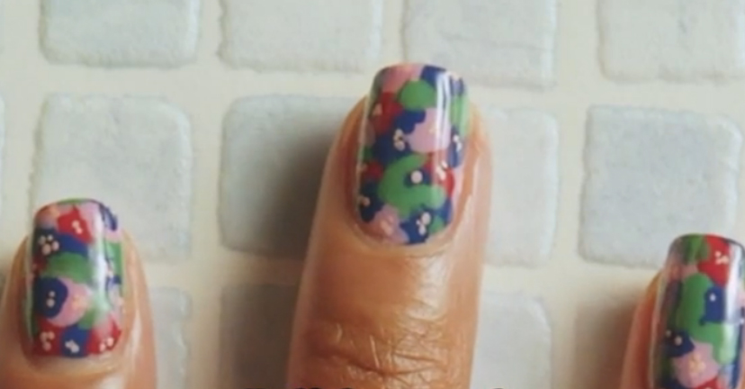 These tie-dye flower nails are so easy to DIY, yet are guaranteed to impress