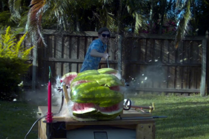 Watch what happens when this guy sends 20,000 volts through a watermelon