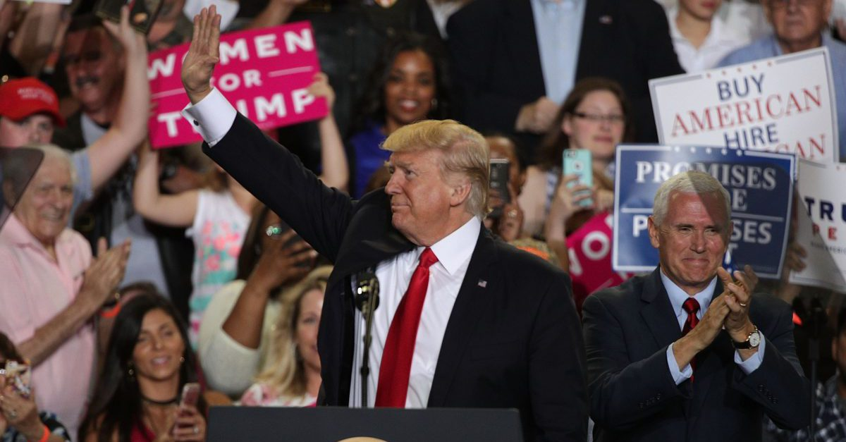 """While the White House Correspondents' Dinner went on, Trump unloaded on the """"fake news"""" media at a rally in Pennsylvania"""