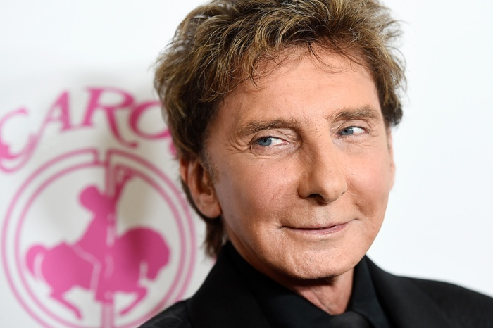 Fans of Barry Manilow will be heartbroken to hear the reason why he just postponed some upcoming shows