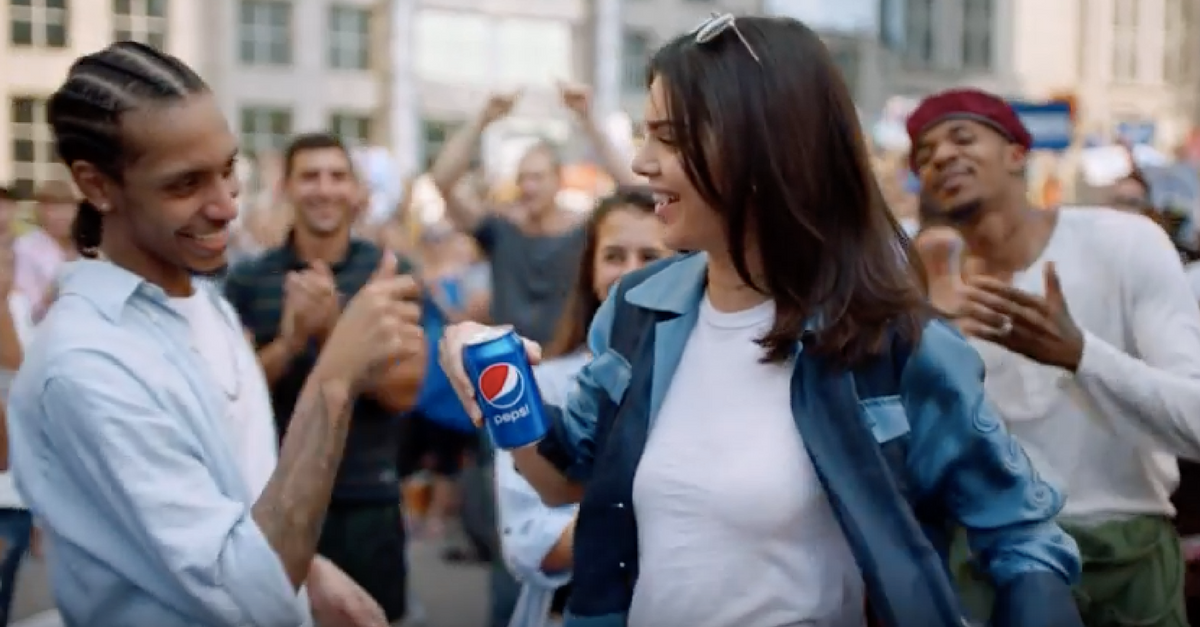 Attending her first public event since the Pepsi ad controversy, Kendall Jenner won't let anyone ask her about it