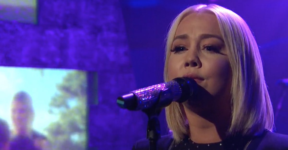This country sweetheart just pulled out all the stops for an emotional late-night TV debut