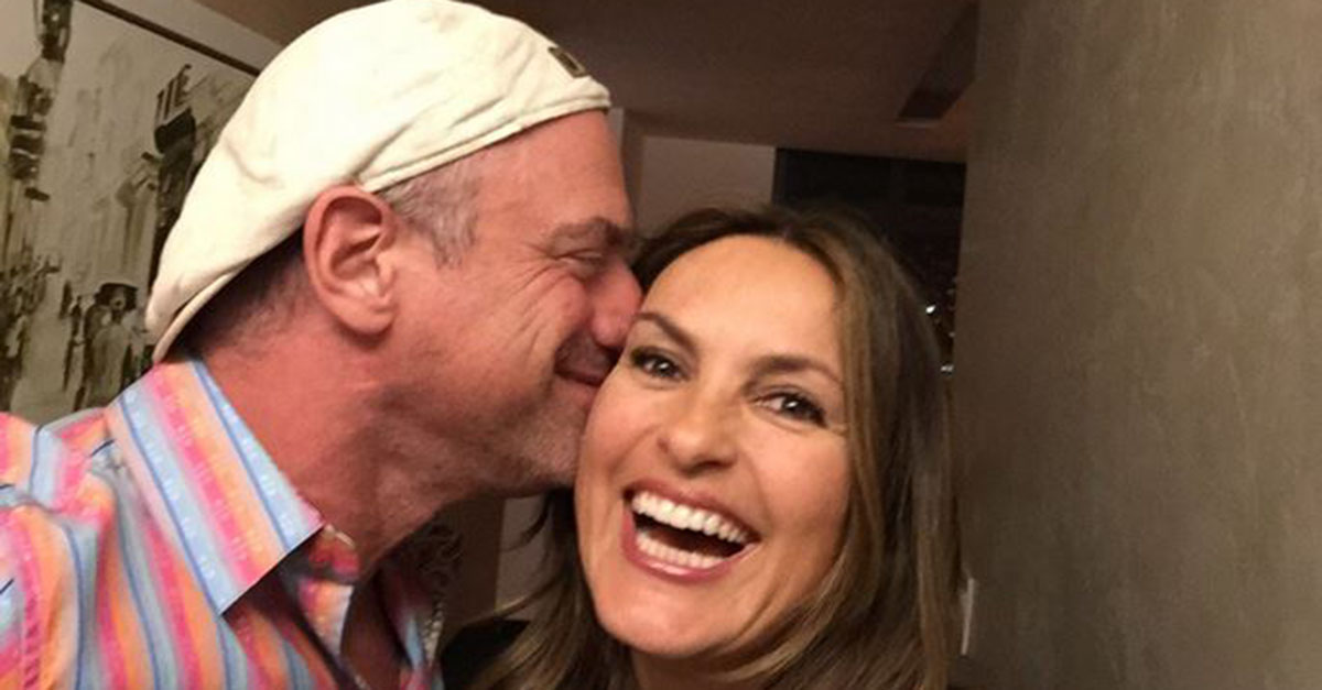 """Law and Order: SVU"" fans are going to love this mini-reunion between two of the show's stars"