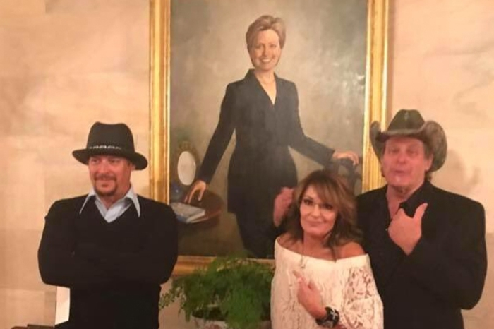 Ted Nugent, Kid Rock and Sarah Palin almost did a very different pose in front of that Hillary Clinton portrait