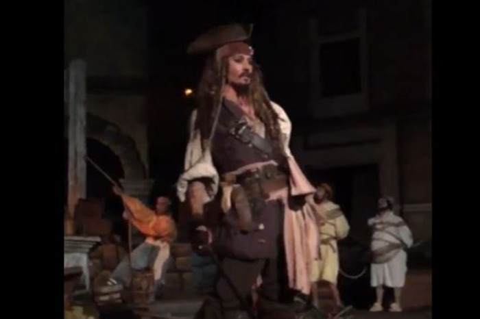 Visitors to the Pirates of the Caribbean ride in Disneyland were treated to the surprise of a lifetime, courtesy of Johnny Depp