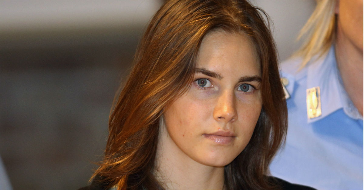 Amanda Knox publicly mourns Meredith Kercher on the 10th anniversary of her death