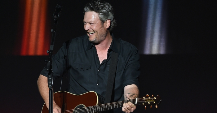 Fans lost their minds when Blake Shelton gave them this surprise