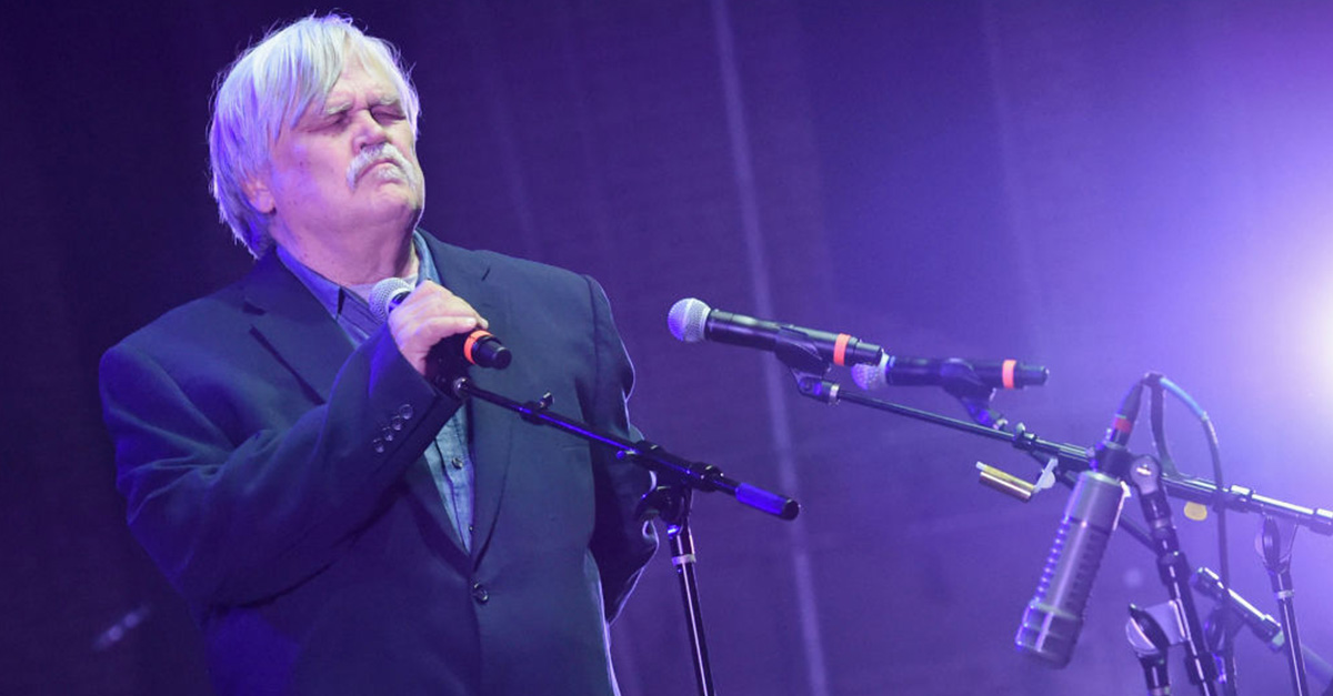 A shocking video shows the moment that beloved musician Bruce Hampton drops dead on stage during his birthday concert