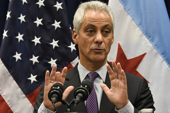 Businessman preaches conspiracy, Rahm pushing blacks out of city