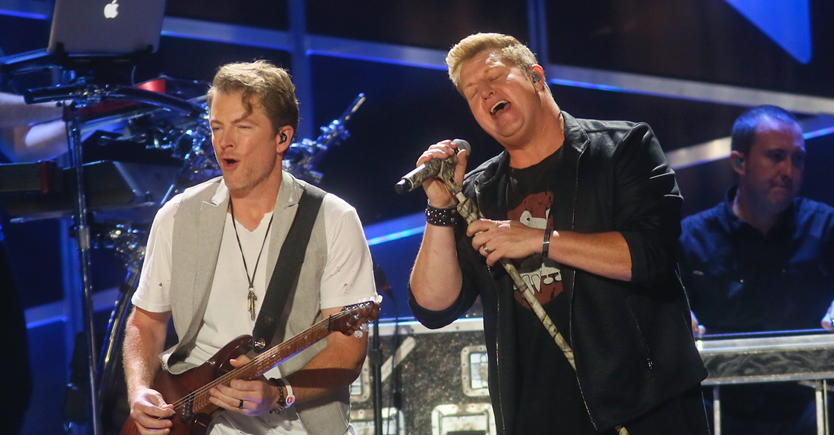Rascal Flatts breathes new life into this Carrie Underwood and Kelly Clarkson favorite