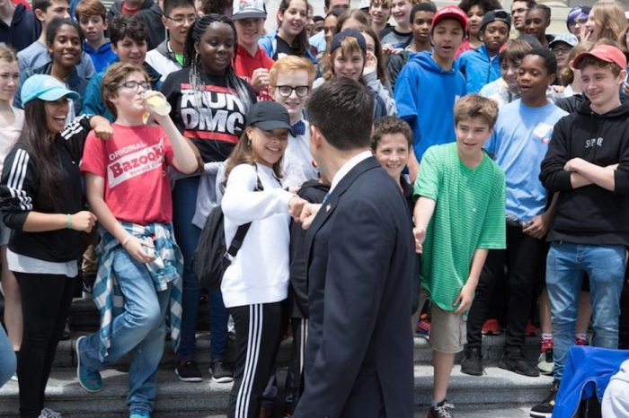 House Speaker Paul Ryan turned away by dozens of eighth graders on a class trip to D.C.