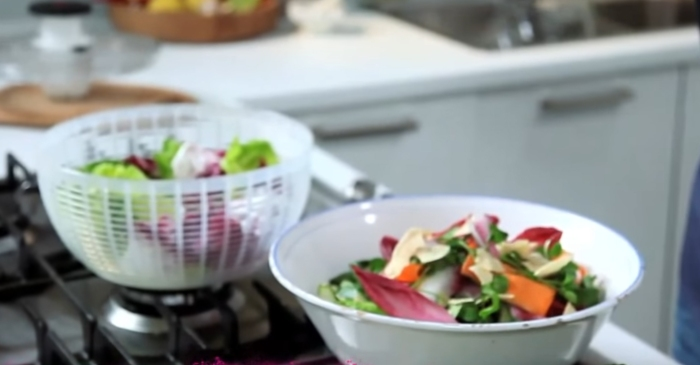This Food Network star shows us how to easily make eating salad at home fancy and fun