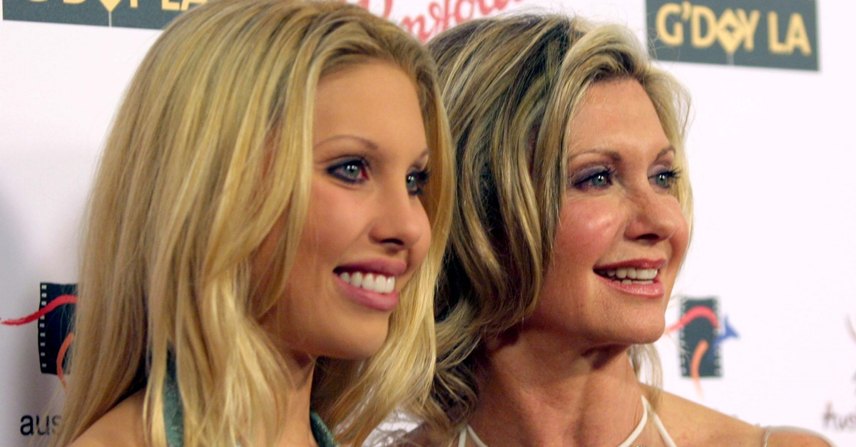 Chloe Lattanzi shares another update on mom Olivia Newton-John's cancer battle