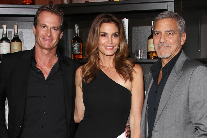 Cindy Crawford's husband gave George and Amal Clooney a hilarious gift to welcome the twins