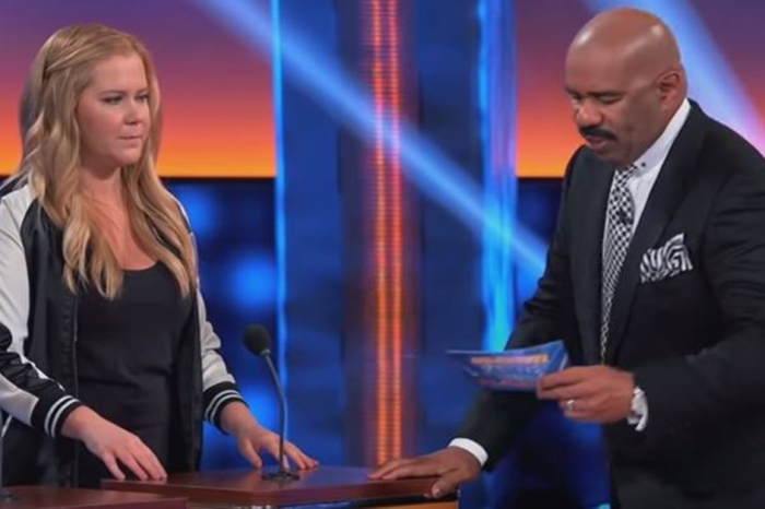 "Everyone, even the other team, was laughing after Amy Schumer gave this response on ""Celebrity Family Feud"""