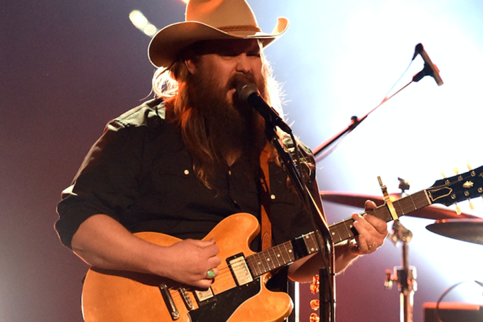 Chris Stapleton shares a crucial health update with fans