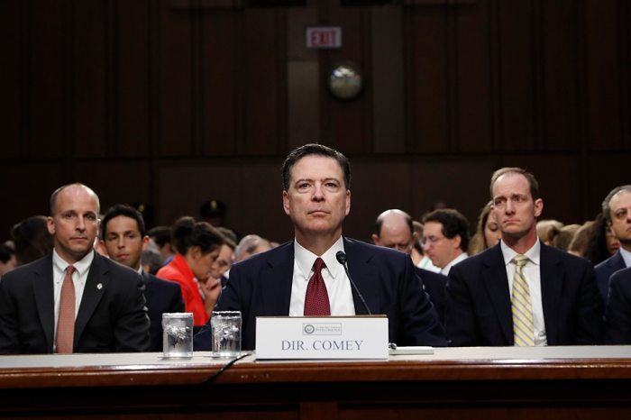 James Comey exposes Loretta Lynch for requesting that he downplay the Hillary Clinton email probe