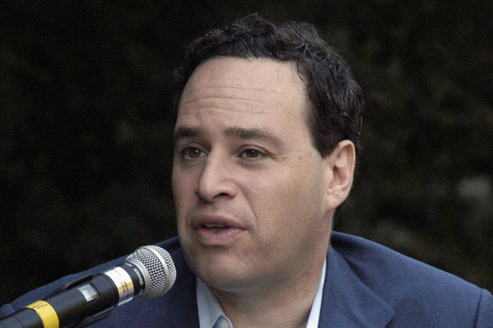 David Frum, anti-gun alchemist