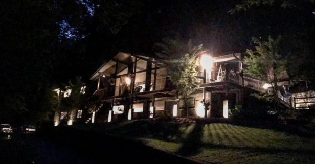 A country star just got some major grief over this photo of his Nashville estate