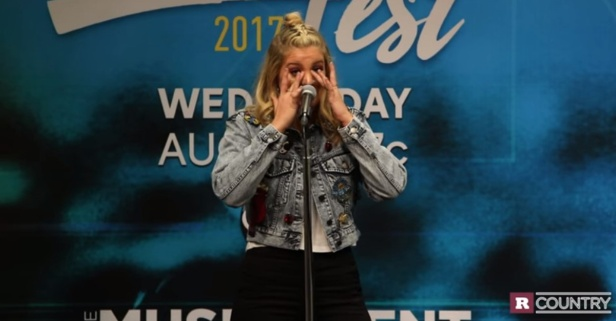Country firecracker Lauren Alaina gets emotional about reaching her goals