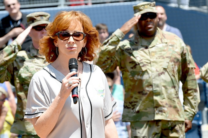 Watch a dressed-down Reba McEntire nail the national anthem