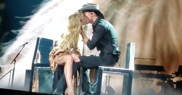 Faith Hill reveals the reason she would have left husband Tim McGraw