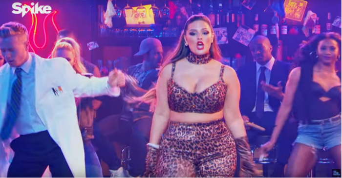 Watch a dynamic plus-size model channel Shania Twain in this lip sync gem