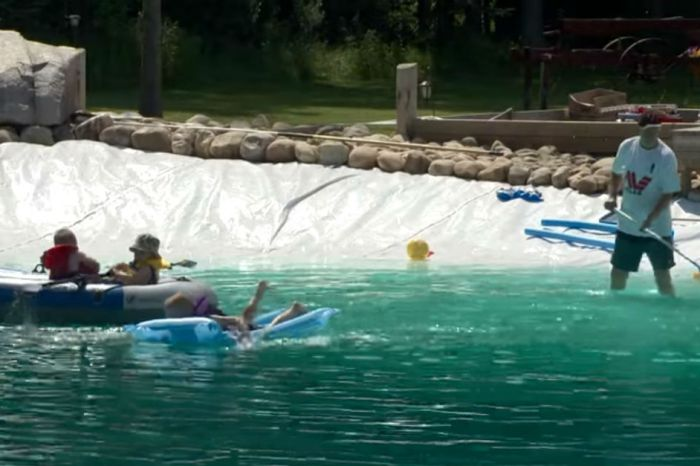 A man built a 317,000-gallon pool in his backyard, and it looks awesome