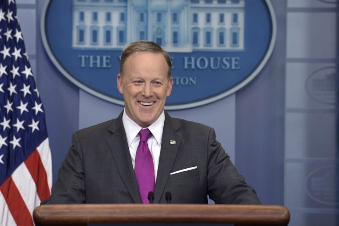 So long, Sean Spicer — the White House press briefing, not you, was the real problem