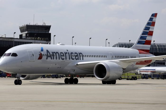 Want beer and wine for free? Fly American Airlines this April