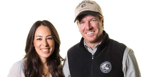 """Fixer Upper's"" Joanna Gaines clarifies a pesky rumor about her next career move"