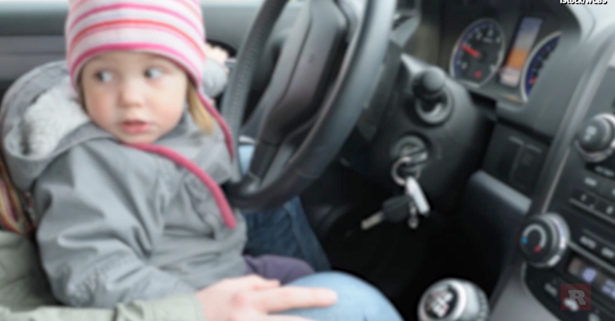 After her father's apparent overdose behind the wheel, this 7-year-old girl took matters into her own hands