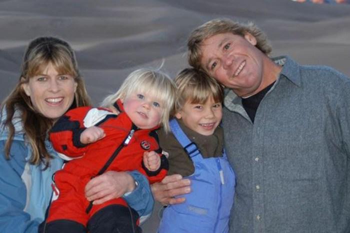 Bindi Irwin shared adorable, never-before-seen family photos to celebrate mom Terri's birthday