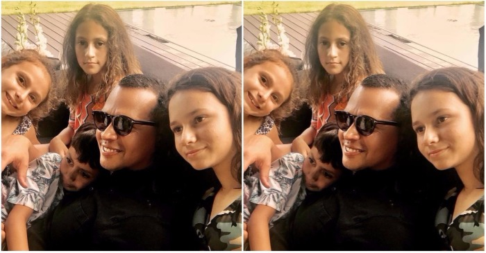 Alex Rodriguez snuggled up with Jennifer Lopez's twins and his own daughters for a sweet family bonding photo