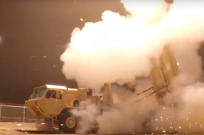Watch what would happen if the U.S. had to shoot down a medium range missile heading for the States
