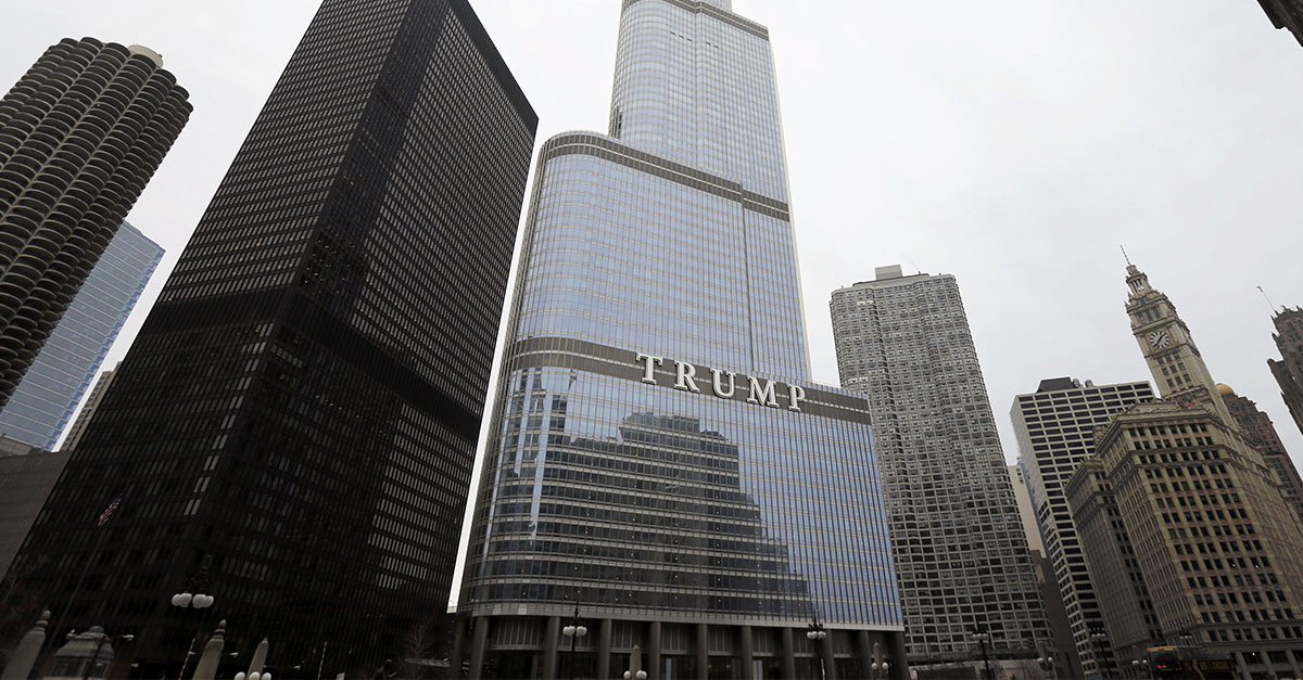 Chicago Police report Trump Tower clear after threat made