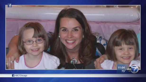 Joliet mom found dead in her home with kids after alleged murder-suicide