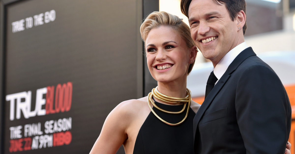 Actress AnnaPaquin reacts to BBC News accidentally showing her breasts on live TV