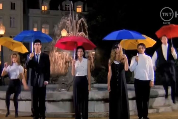"""The """"Friends"""" intro with sound effects instead of music is downright spooky"""