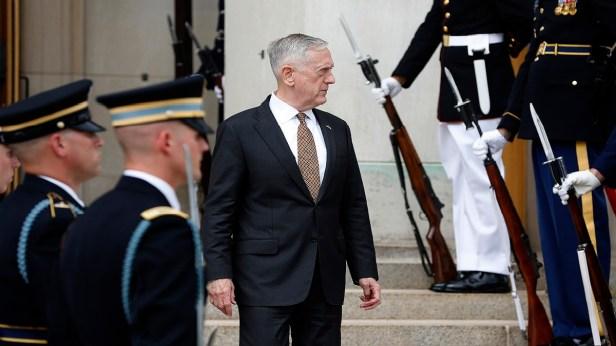 Mattis refreezes Pentagon policy on transgender troops